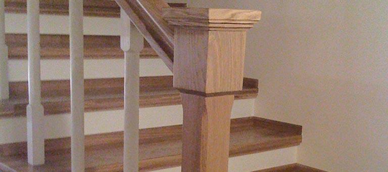 Drewniane schody na wymiar - DrewKol Zakład Stolarski Antoni Tadeusz Kolaja - producent kompleksowego wystroju wnętrza ze szlachetnego drewna oraz materiałów drewnopochodnych